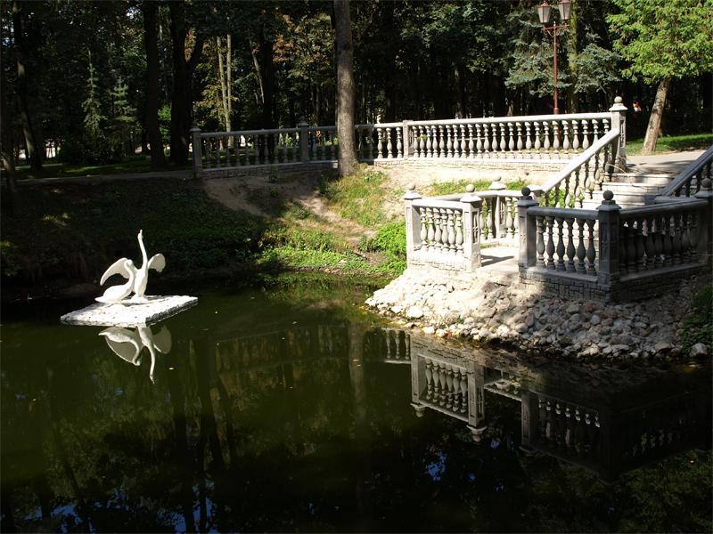 Картинки по запросу парк суворова кобрин